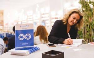 Silvia Bueso firma virtual de libros sant jordi