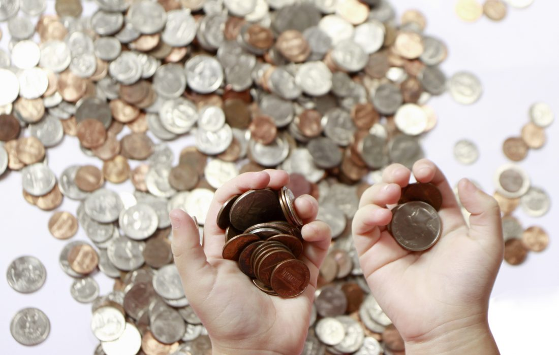 coins-in-hand-1245246-1919x1433